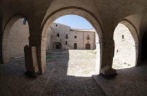 FOTO SANT'AGATA.corte del castello